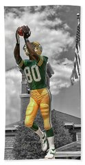 Bath Towel featuring the photograph Donald Driver Statue by Joel Witmeyer