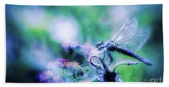 Dragonfly On Lantana-blue Bath Towel