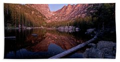 Hand Towel featuring the photograph Dream Lake by Gary Lengyel