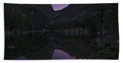 Bath Towel featuring the photograph Dream Lake Reflections by Gary Lengyel