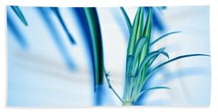 Bath Towel featuring the photograph Dreaming Abstract Today by Susanne Van Hulst
