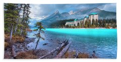 Bath Towel featuring the photograph Dreamy Chateau Lake Louise by John Poon