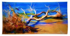 Hand Towel featuring the photograph Driftwood by Ludwig Keck