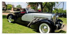 Bath Towel featuring the photograph Duesenberg Vii by Michiale Schneider