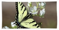 Eastern Tiger Swallowtail Female Bath Towel