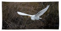 Hand Towel featuring the photograph Egret In Flight by George Randy Bass