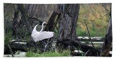 Egret In Flight Bath Towel