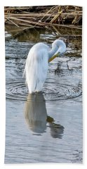 Egret Standing In A Stream Preening Bath Towel