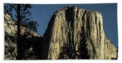 El Capitan By Starlight, Yosemite Valley, Yosemite Np, Ca Bath Towel