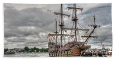 El Galeon Andalucia In Portsmouth Hand Towel