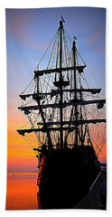El Galeon At Sunrise Bath Towel