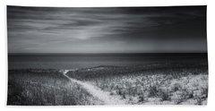 Hand Towel featuring the photograph Esch Beach Path Mono by Rachel Cohen