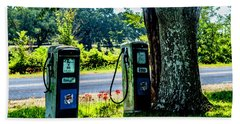 Hand Towel featuring the photograph Esso by Ken Frischkorn