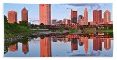 Bath Towel featuring the photograph Evening Falls In Columbus by Frozen in Time Fine Art Photography