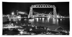 Bath Towel featuring the photograph Evening In Duluth by Bill Pevlor