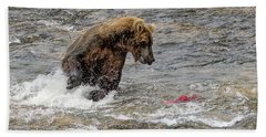 Bath Towel featuring the photograph Eye On The Sockeye by Cheryl Strahl