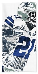 Bath Towel featuring the mixed media Ezekiel Elliott Dallas Cowboys Pixel Art 6 by Joe Hamilton