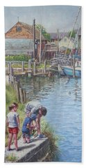 Family Fishing At Eling Tide Mill Hampshire Bath Towel