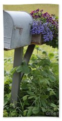 Farm's Mailbox Bath Towel