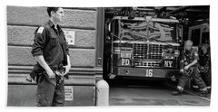 Fdny Ladder 16 Black And White Bath Towel