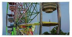 Ferris Wheel Lights At Dusk Closeup Bath Towel