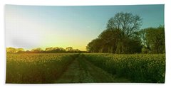 Hand Towel featuring the photograph Field Of Gold by Anne Kotan