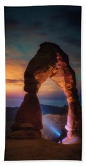 Hand Towel featuring the photograph Finding Heaven by Darren White