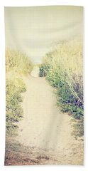 Hand Towel featuring the photograph Finding Your Way by Trish Mistric