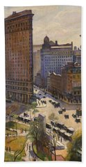 Bath Towel featuring the painting Flatiron Building New York By Samuel Halpert by Samuel Halpert