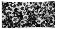 Floral Texture In Black And White Bath Towel