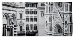 Bath Towel featuring the photograph Florence Italy View Bw by Joan Carroll