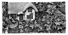 Flower Garden Cottage In Black And White Hand Towel
