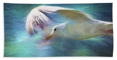 Hand Towel featuring the photograph Flying High by Peggy Collins