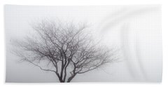 Foggy Picnic Bath Towel