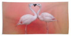 Fond Flamingos Bath Towel