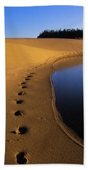 Footprints In The Sand Hand Towel