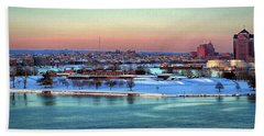 Fort Mchenry Shrouded In Snow Bath Towel
