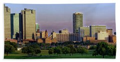 Bath Towel featuring the photograph Fort Worth Colorful Sunset by Jonathan Davison
