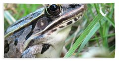 Bath Towel featuring the photograph Frog by Mary Ellen Frazee