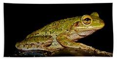 Bath Towel featuring the photograph Cuban Tree Frog by Olga Hamilton