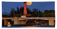 Bath Towel featuring the photograph Full Moon Over Jupiter Lighthouse, Florida by Justin Kelefas