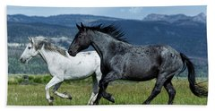 Galloping Through The Scenery In Wyoming Bath Towel