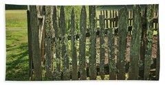 Bath Towel featuring the photograph Garden - Fence by Nikolyn McDonald