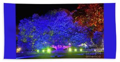 Hand Towel featuring the photograph Garden Of Light By Kaye Menner by Kaye Menner