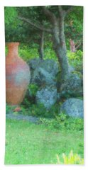 Hand Towel featuring the photograph Garden Urn by Tom Singleton