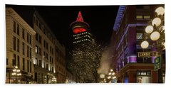 Gastown In Vancouver Bc At Night Bath Towel