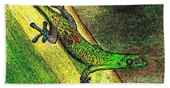 Gecko On The Green Hand Towel