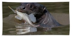 Hand Towel featuring the photograph Giant Otter #1 by Wade Aiken