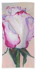 Glamour Roses IIi Bath Towel
