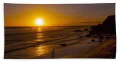 Hand Towel featuring the photograph Golden Sunset Walk On Malibu Beach by Jerry Cowart